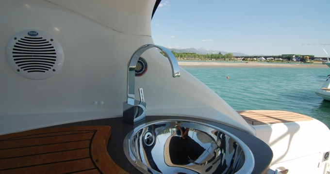 Sessa Marine Oyster 35 between personal and professional Sardinia