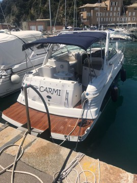 Verhuur Motorboot Rinker met vaarbewijs