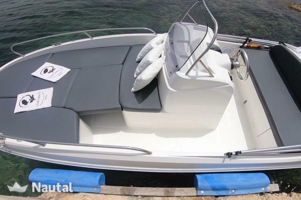 Boat rental Palamós cheap Remus450