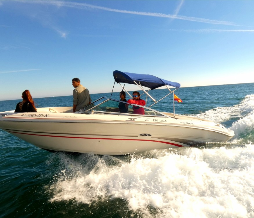 Location bateau Sea Ray Sea Ray 220 Select à Fuengirola sur Samboat
