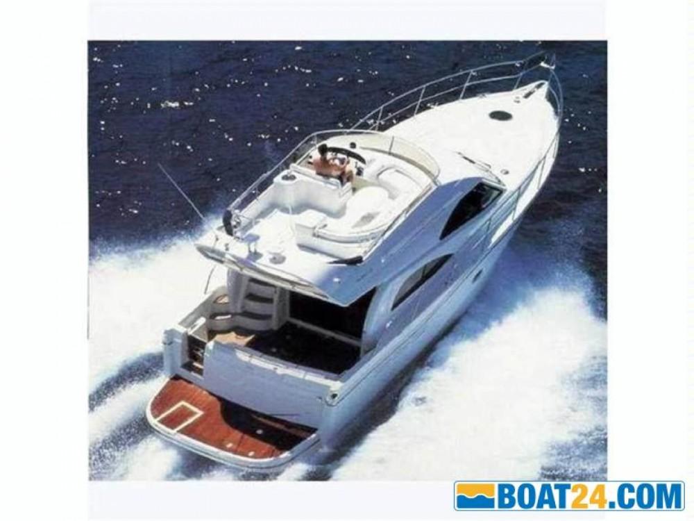 Yacht à louer à Giovinazzo au meilleur prix