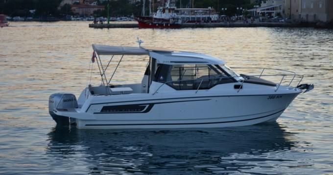 Louer Bateau à moteur avec ou sans skipper Jeanneau à Krk