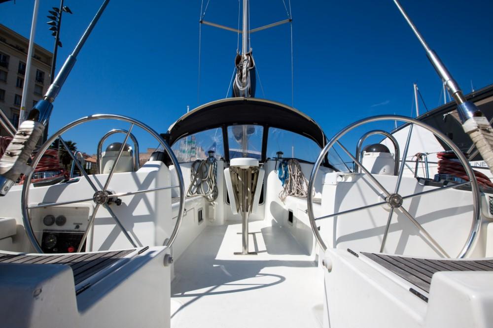 Bootsverleih Marseille günstig Oceanis 45