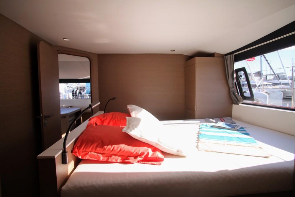 Alquiler Catamarán Neel con título de navegación