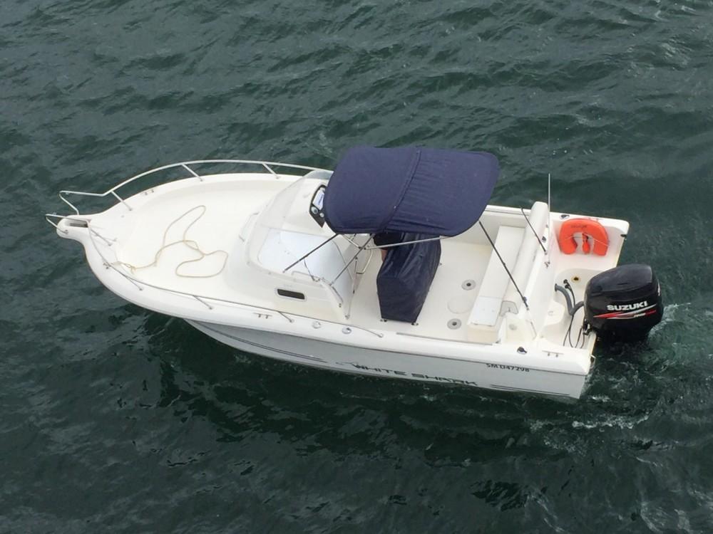 Louez un White Shark White Shark 248 à Saint-Malo