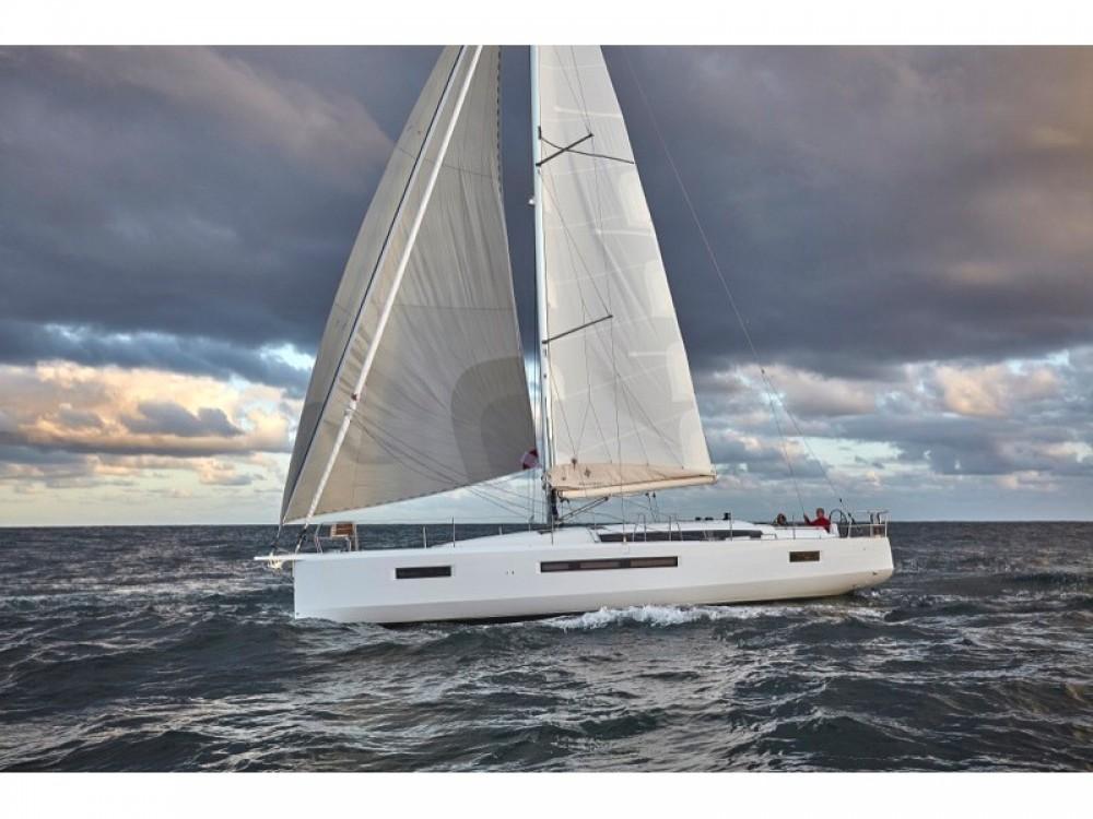 Location bateau Jeanneau Sun Odyssey 490 à Capo d'Orlando Marina sur Samboat