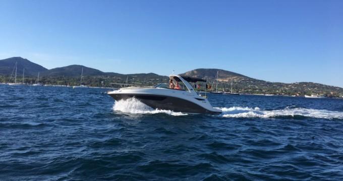 Louer Bateau à moteur avec ou sans skipper Sea Ray à Port Grimaud