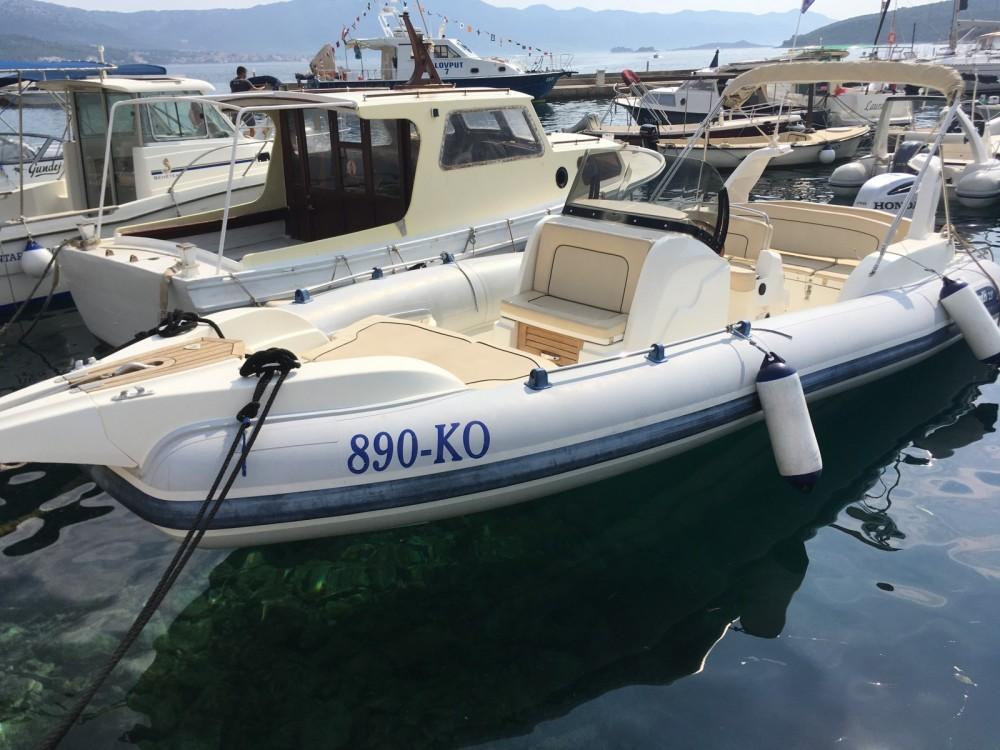 Marlin Boat Marlin Boat 23 FB Top tra personale e professionale Ragusa