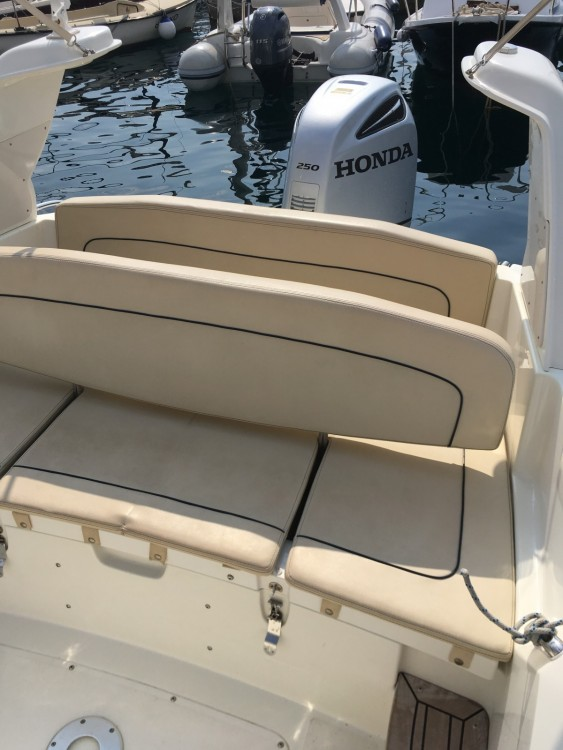 Boat rental Marlin Boat Marlin Boat 23 FB Top in Dubrovnik on Samboat
