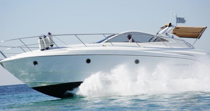 Louer Bateau à moteur avec ou sans skipper Bénéteau à Álimos