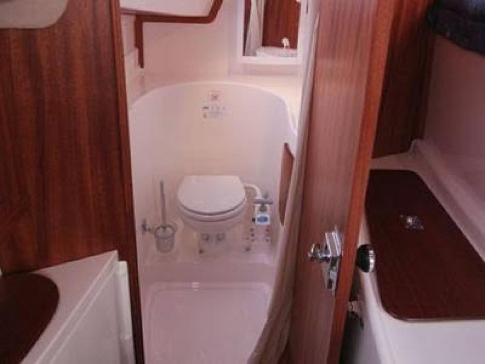 Louez un Bond Yachts MC 30 à Propriano