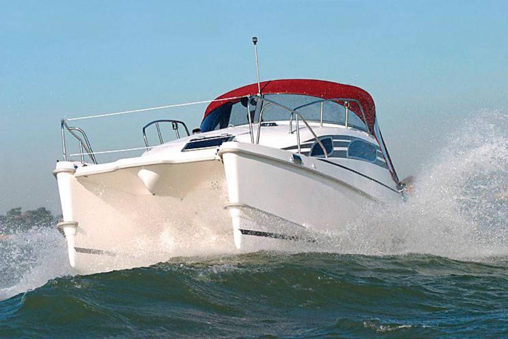 Location bateau Bond Yachts MC 30 à Propriano sur Samboat
