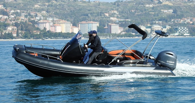 Location Bateau à moteur à Makarska - Grand Boats Golden Line G650LF
