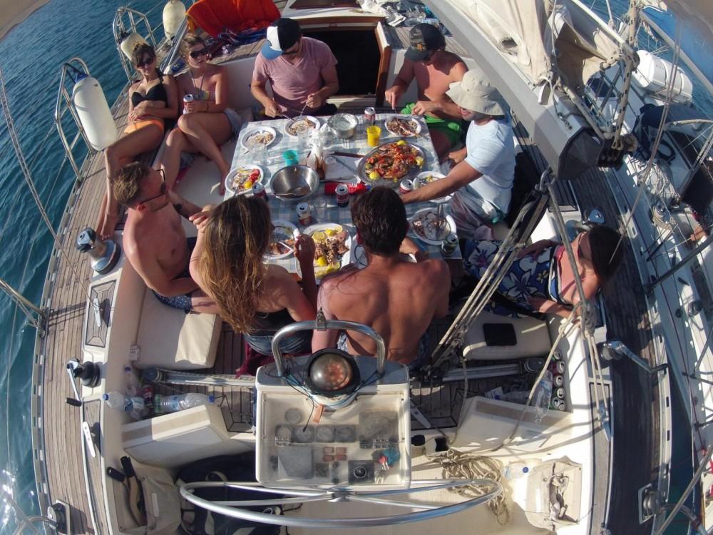 Boat rental Atlantic 65 feet in Athens on Samboat