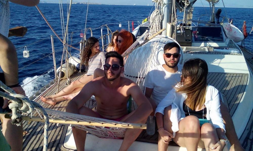 Rent a Atlantic 65 feet Athens