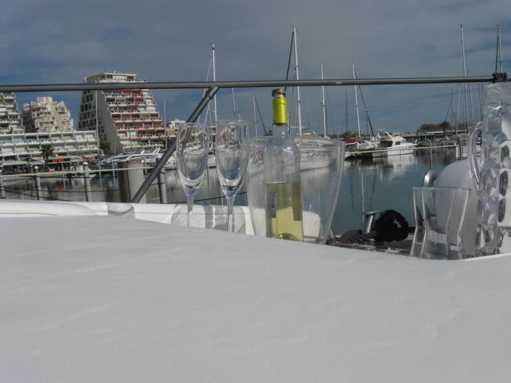 Location Yacht à La Grande-Motte - Johnson Johnson 65