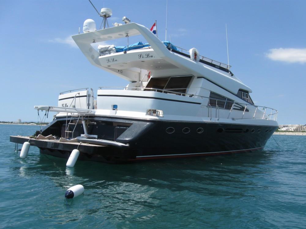 Louer Yacht avec ou sans skipper Johnson à La Grande-Motte