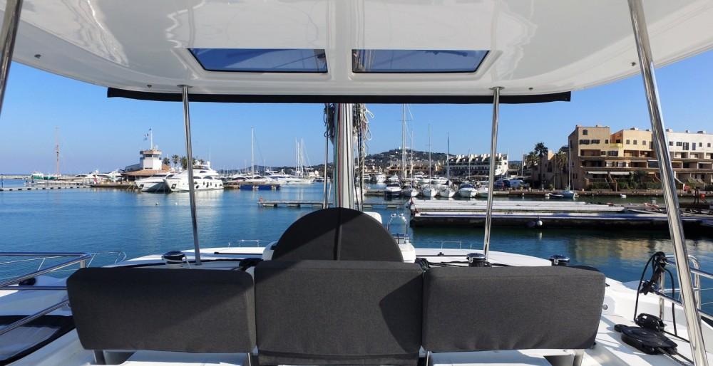 Louer Catamaran avec ou sans skipper Lagoon à Cogolin
