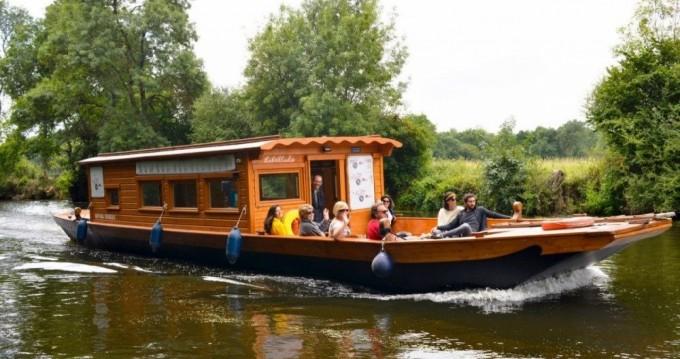 Location bateau Custom Made Toue de Loire à Nantes sur Samboat