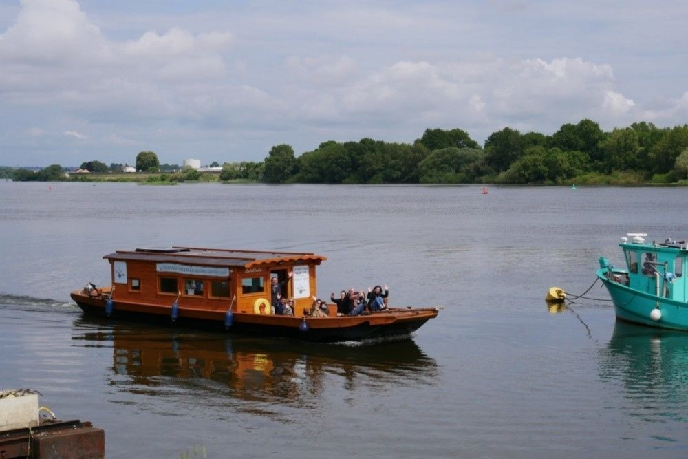 Hire Houseboat with or without skipper Custom Made Nantes