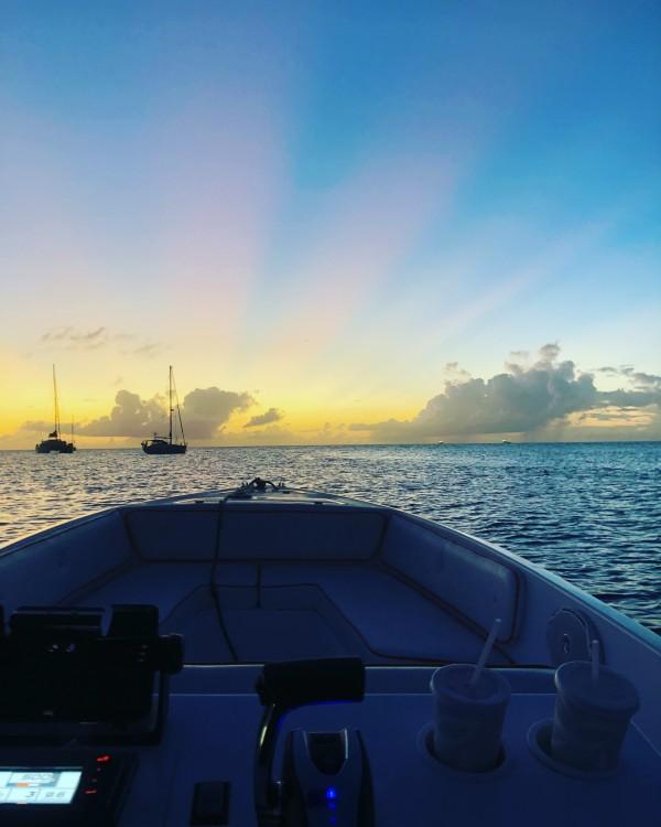 Louez un FDJ Marine Escapade 22 à Le Lamentin