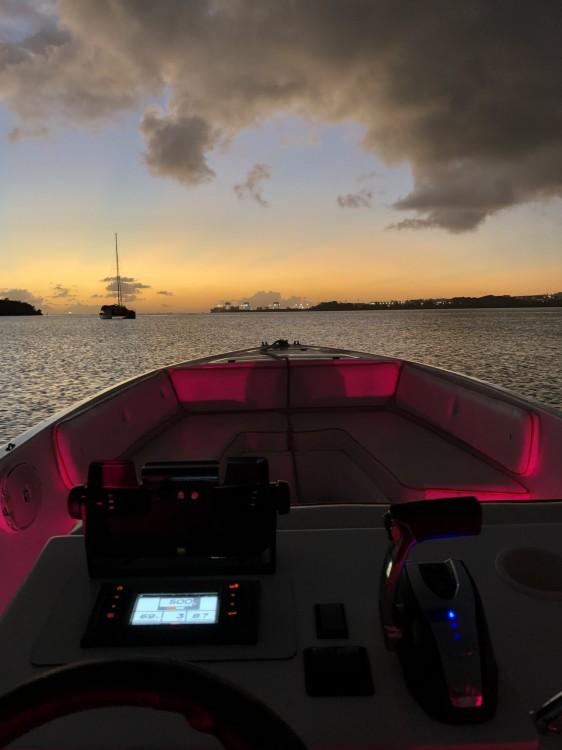 Location Bateau à moteur FDJ Marine avec permis