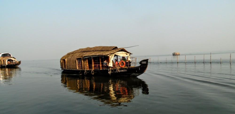 Location bateau Kumarakom pas cher Gib Sea 20