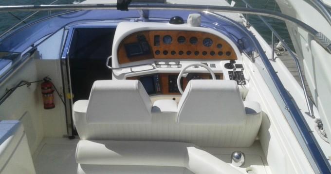 Location bateau La Savina pas cher Thunderhawk 43