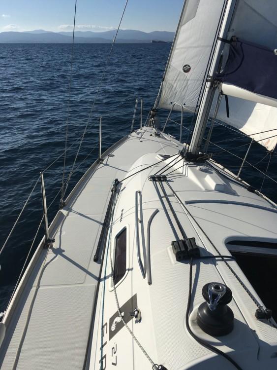 Segelboot mieten in Saint-Raphaël - Bénéteau First 27.7