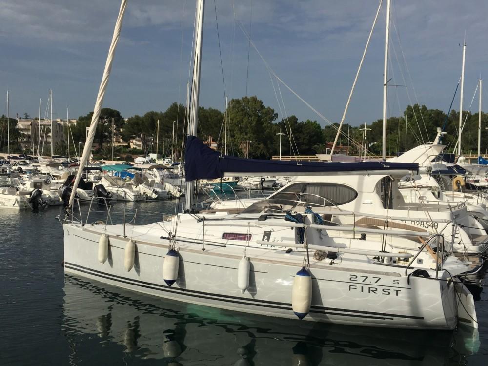 Yacht-Charter in Saint-Raphaël - Bénéteau First 27.7 auf SamBoat