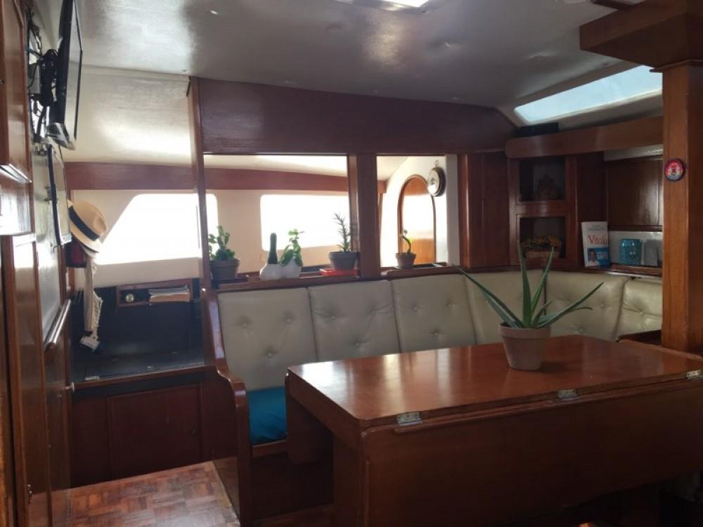 Hire Catamaran with or without skipper Solaris Porto-Vecchio
