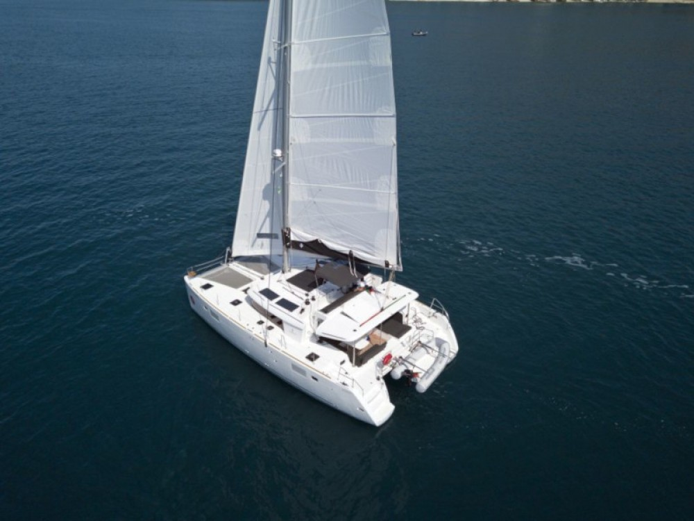 Catamaran for rent Marina Baotić at the best price