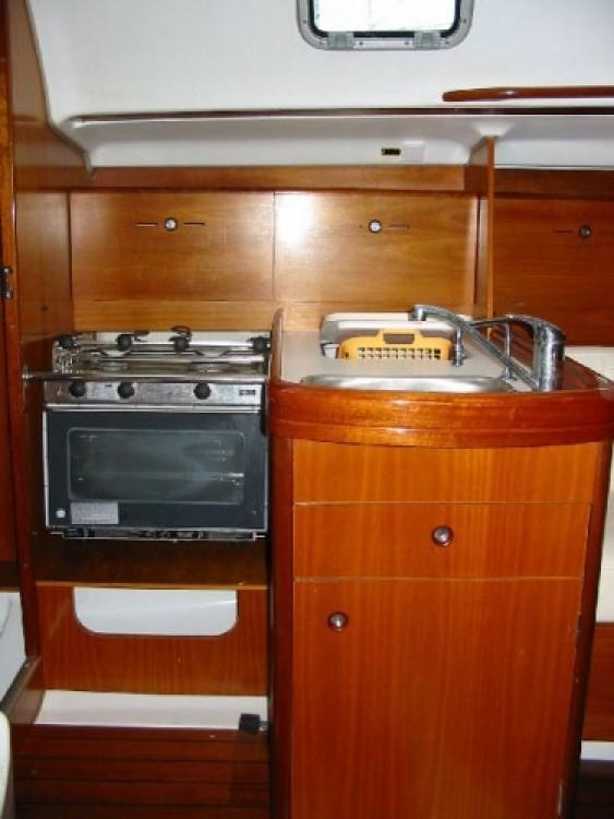 Location bateau Bénéteau First 31.7 à Mauguio sur Samboat