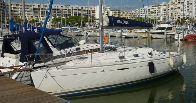 Rental yacht Mauguio - Bénéteau First 31.7 on SamBoat