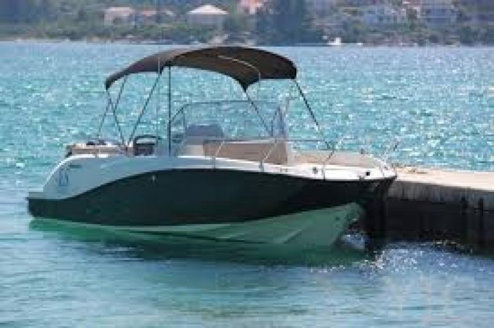Location yacht à La Ciotat - Quicksilver Activ 675 MERCURY  200cv sur SamBoat