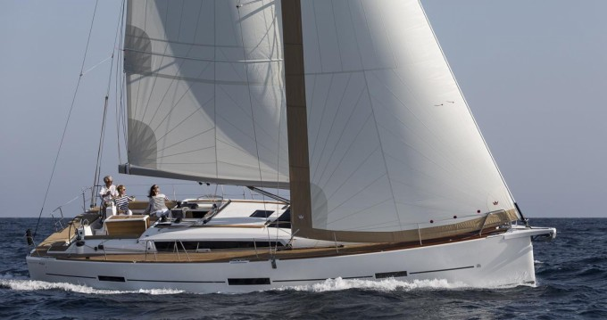 Location bateau Port Hamble pas cher Dufour 460