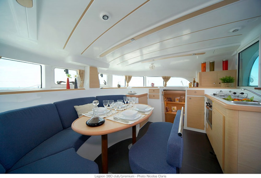 Katamaran mit oder ohne Skipper Lagoon mieten in Ajaccio