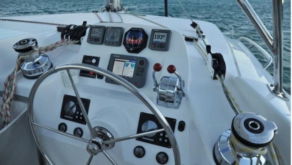 Louer Catamaran avec ou sans skipper Robertson and Caine à Palma