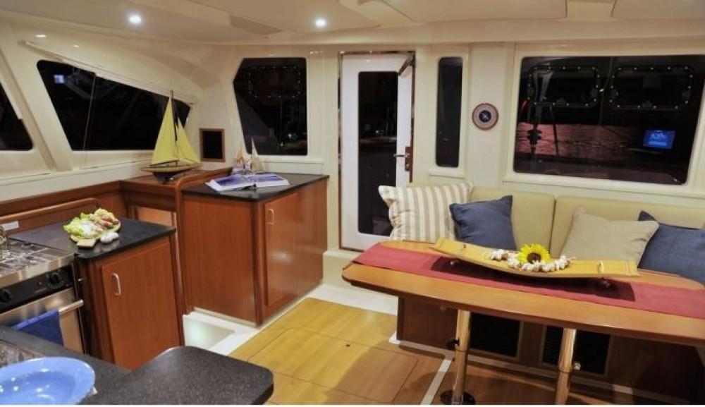 Location bateau Robertson and Caine Leopard 44 à Palma sur Samboat