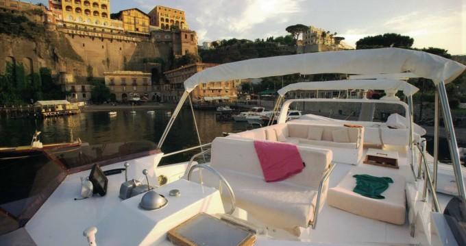 Location Yacht à Castellammare di Stabia - Cantieri navali di Chiavari Heron 21