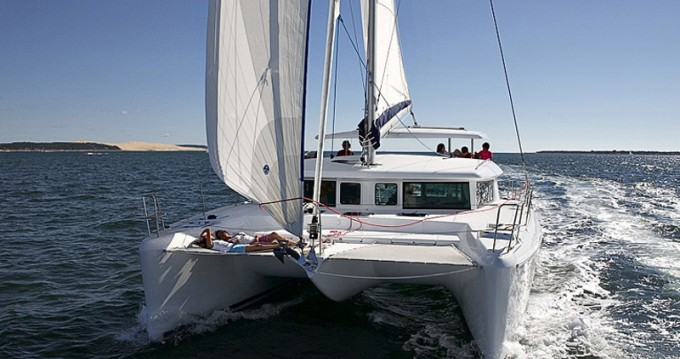 Location bateau Lagoon Lagoon 420 à Vatopedi sur Samboat