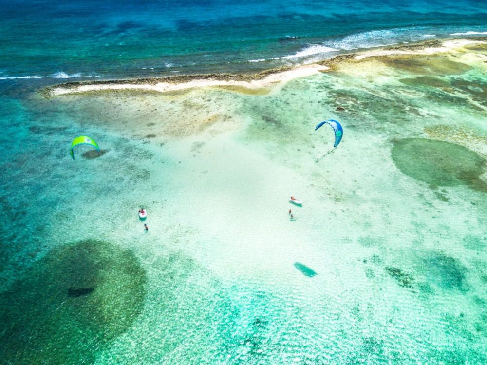 Rental Catamaran in Martinique - Lagoon Lagoon 450 F