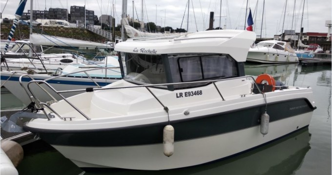 Boat rental Parker PilotHouse 660 in La Rochelle on Samboat
