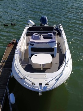Boat rental Paris cheap Pacific Craft 670 Open