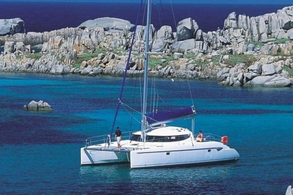 Catamarán para alquilar Ajaccio al mejor precio