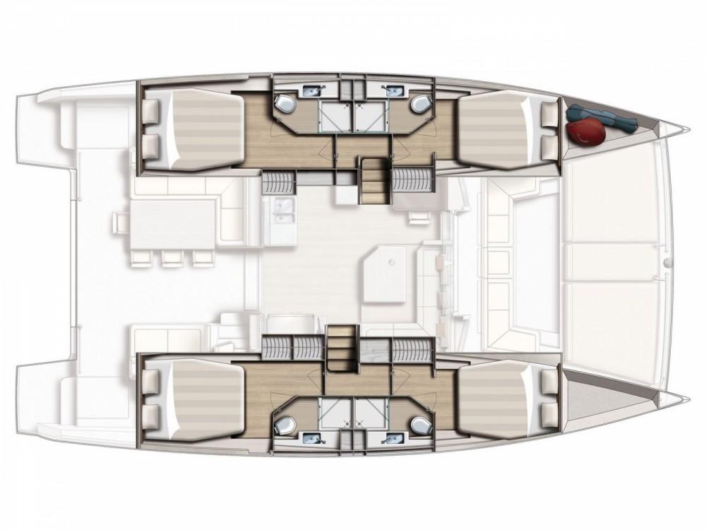 Alquiler de Bali Catamarans Bali 4.5 Palermo en Capo d'Orlando Marina