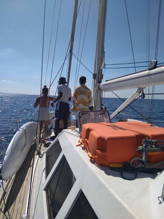Boat rental Athens cheap 46
