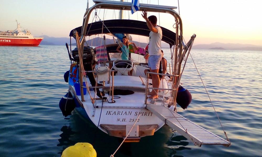 Location bateau Athènes pas cher Gin Fizz