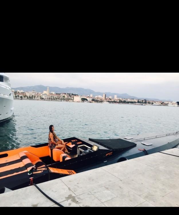 Louer Bateau à moteur avec ou sans skipper Cougar 50 à Split