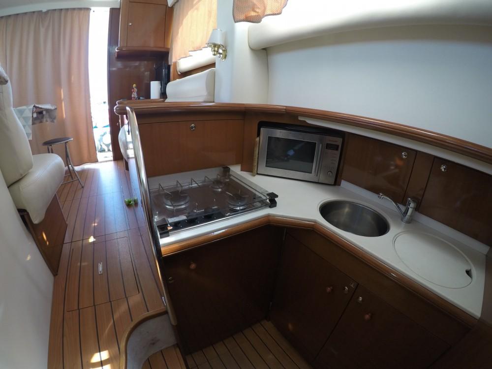 Location bateau Jeanneau Prestige 36 Fly à Alicante sur Samboat